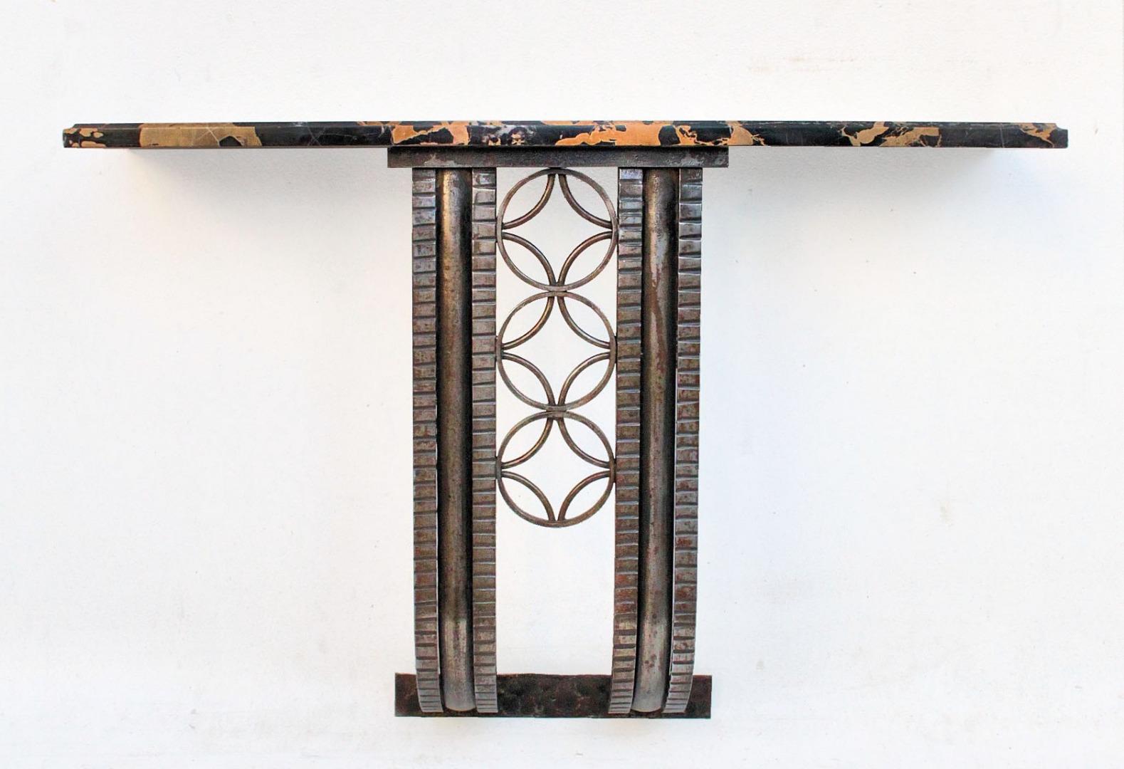 recherche art deco 1930 40 belle console murale en fer forge a dessus marbre antiquites en. Black Bedroom Furniture Sets. Home Design Ideas