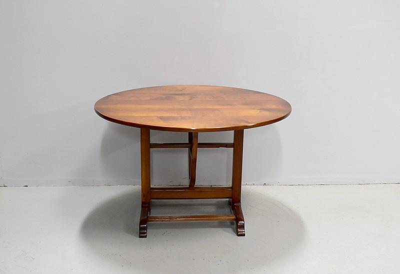 table de vigneron antiquites en france. Black Bedroom Furniture Sets. Home Design Ideas
