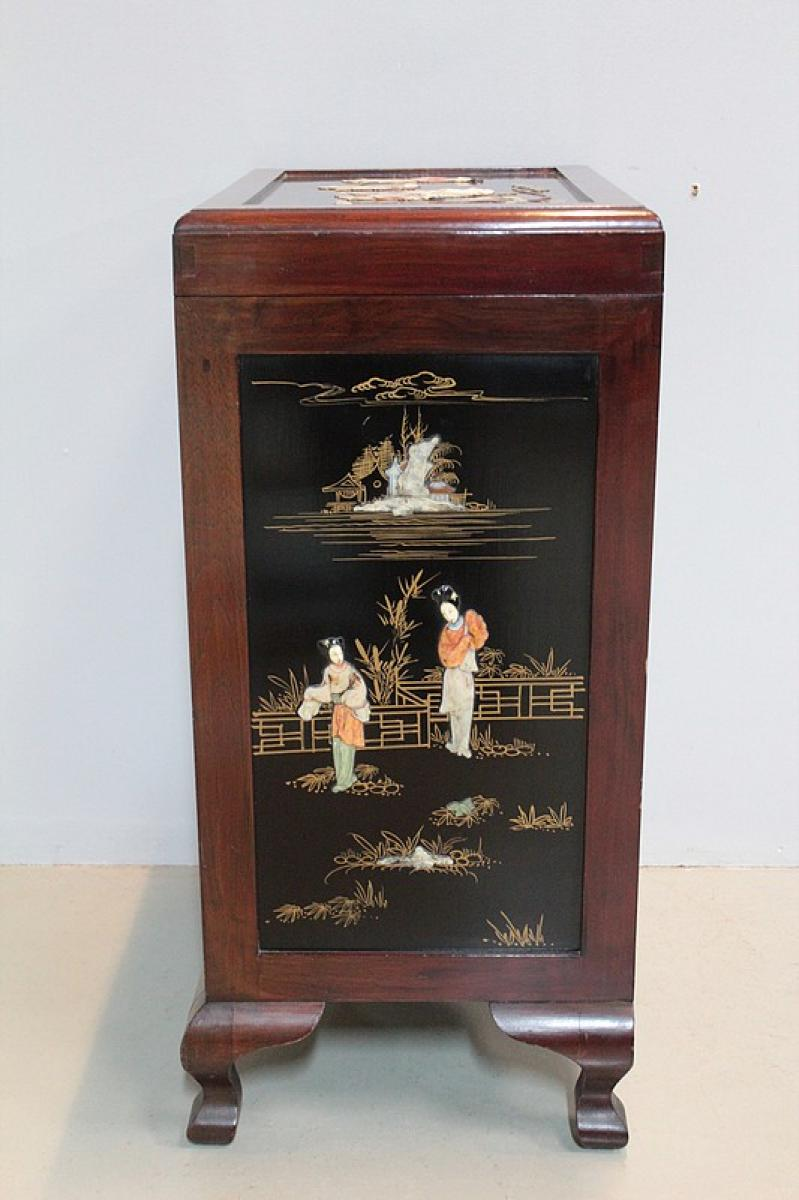Cabinet chinois en teck xxeme antiquites lecomte for Meuble cabinet chinois