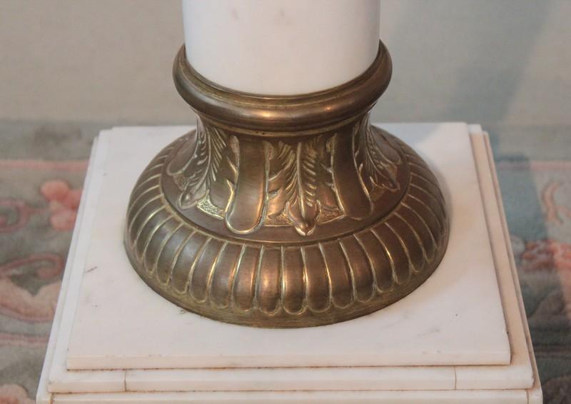 Colonne de marbre blanc xixeme antiquites lecomte for Decoration 19eme siecle