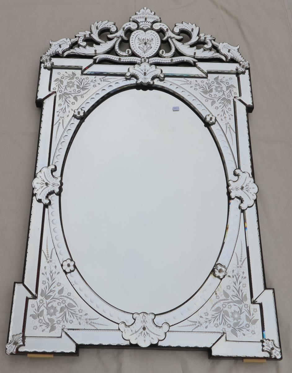Miroir venitien milieu ovale biseaut 143x84 a abc pascal for Miroir venitien