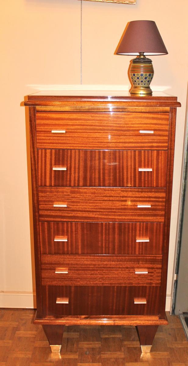 commode de style louis xv en marqueterie antiquit s. Black Bedroom Furniture Sets. Home Design Ideas