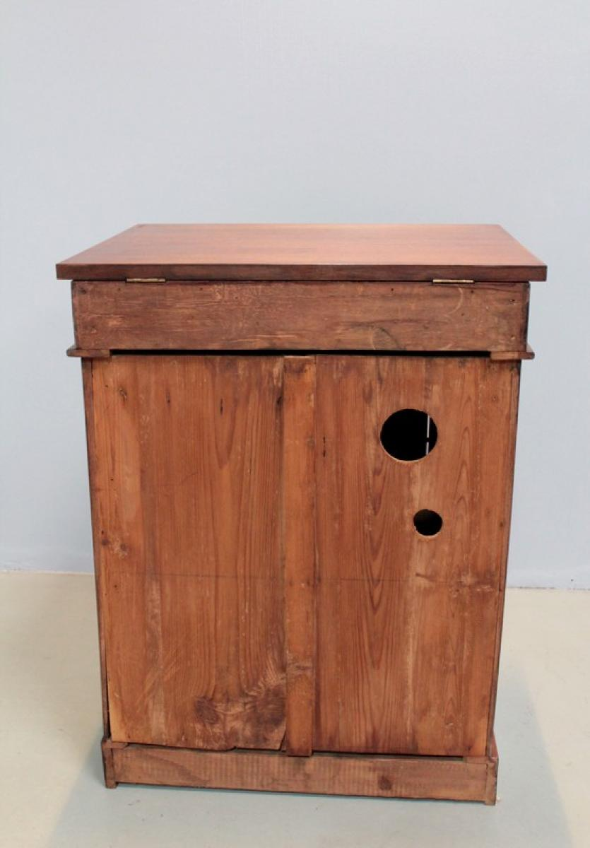Meuble lavabo de bateau anglais en acajou xxe antiquites for Meuble coiffeuse en anglais