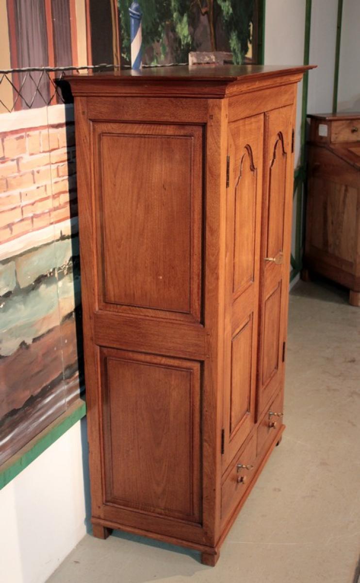 petite armoire en teck coloniale xixeme antiquites lecomte. Black Bedroom Furniture Sets. Home Design Ideas