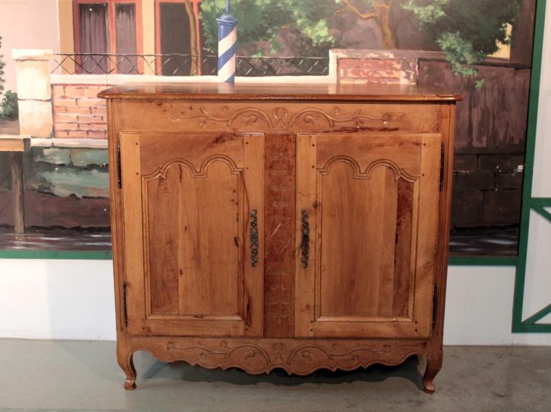 Buffets anciens antiquites en france page 9 for Meubles asiatiques anciens