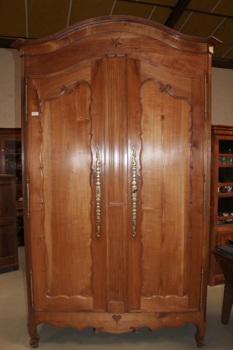 Armoire louis xv nantaise en merisier xixe antiquites - Comparateur de prix congelateur armoire ...