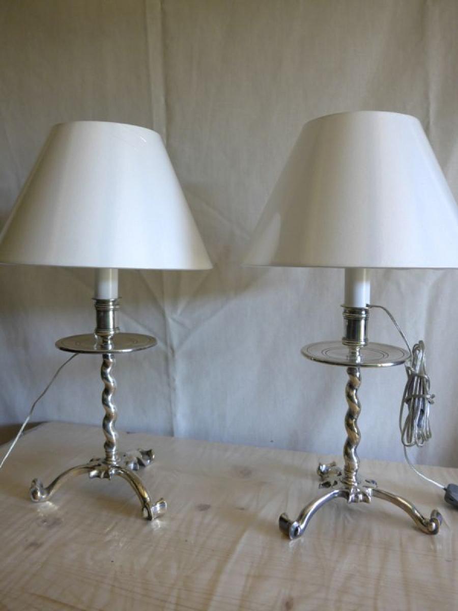 Paire de lampes en m tal argent style anglais plasait for Lampe de chevet anglais