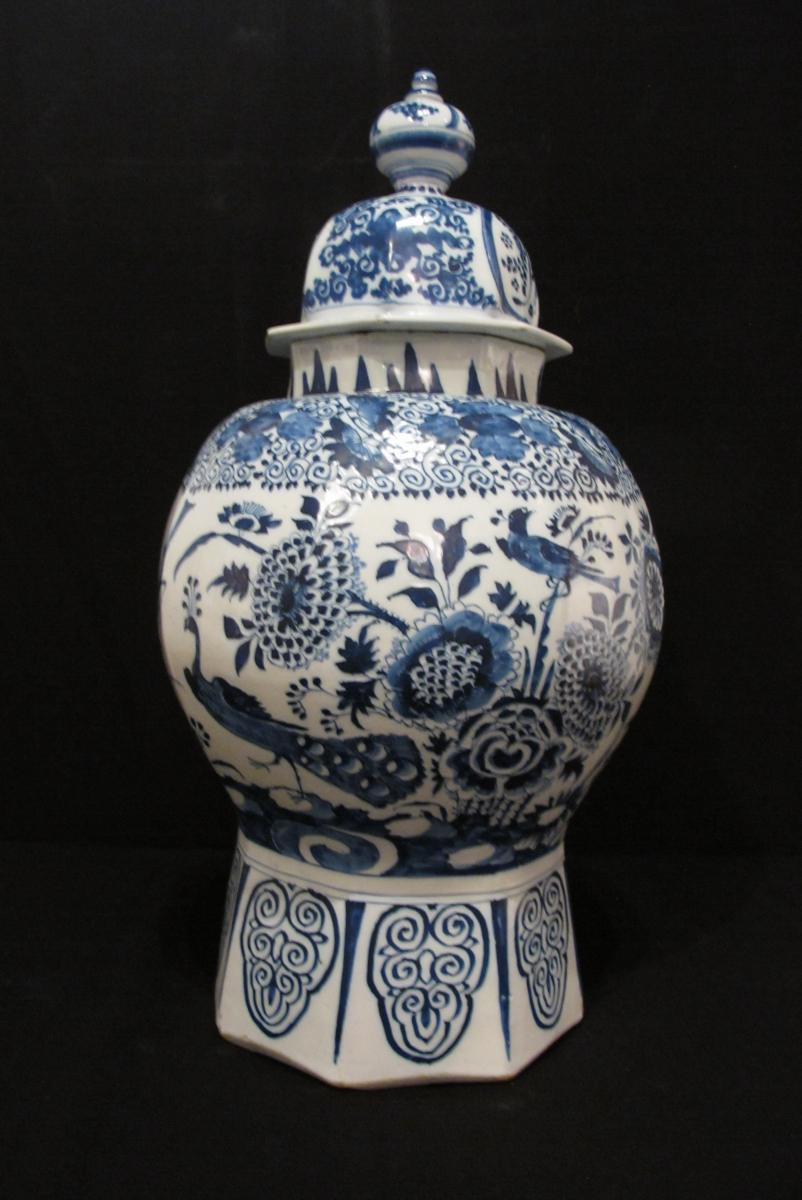 Recherche   vase urne en faience de delft decor bleu   Antiquites en ... 42782534b553