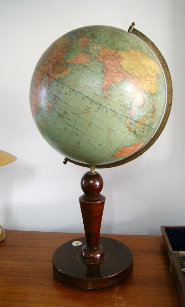 ancien globe terrestre dietrich reimer ag circa 1930 la timonerie. Black Bedroom Furniture Sets. Home Design Ideas