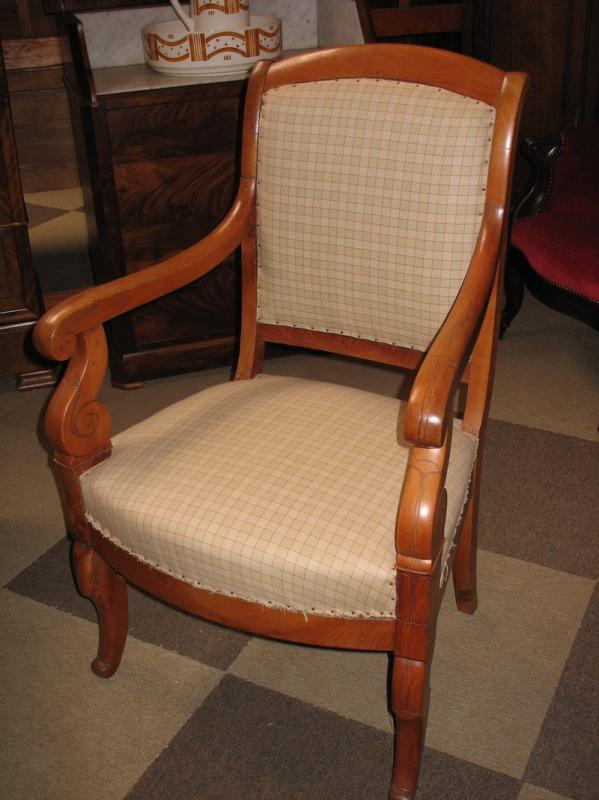 fauteuil restauration en merisier xixe antiquites lecomte. Black Bedroom Furniture Sets. Home Design Ideas