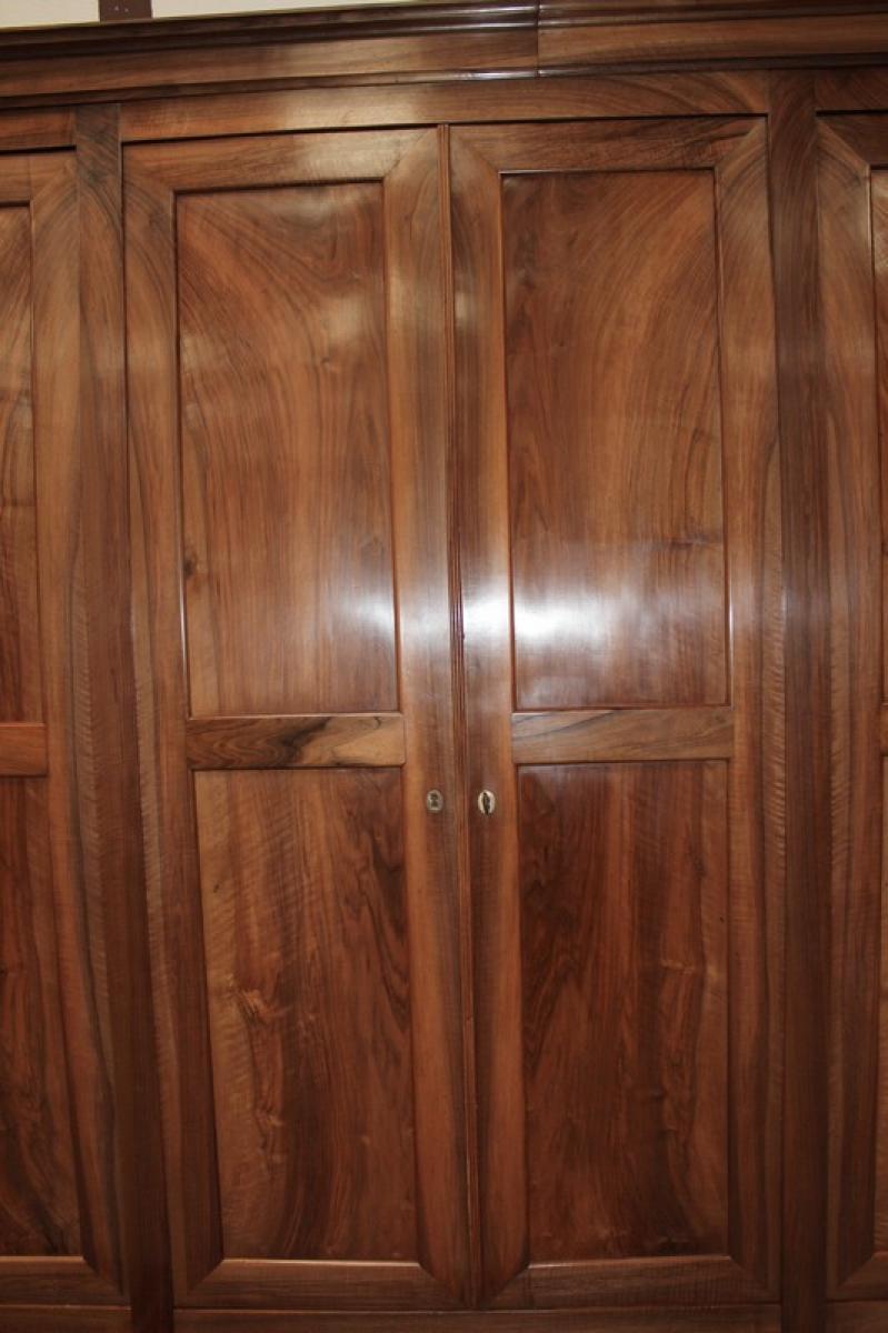 armoire 6 portes en noyer xixeme antiquites lecomte. Black Bedroom Furniture Sets. Home Design Ideas