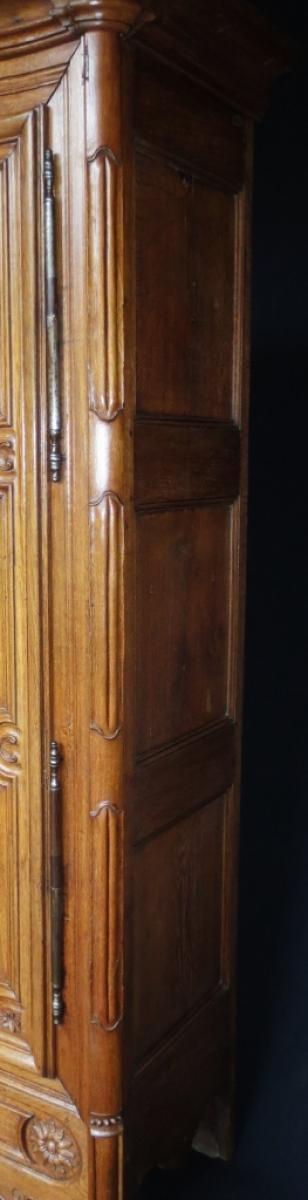 armoire louis xv xviiie si cle anne besnard. Black Bedroom Furniture Sets. Home Design Ideas