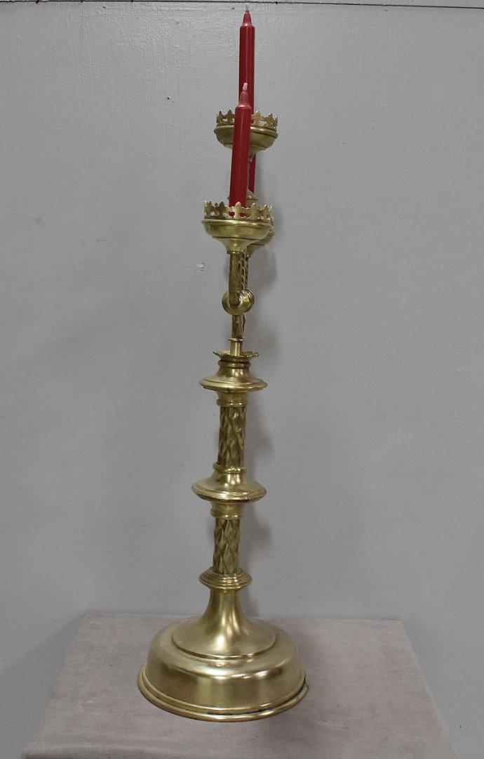 Chandelier d 39 eglise en laiton xixe antiquites lecomte for Decoration 19eme siecle