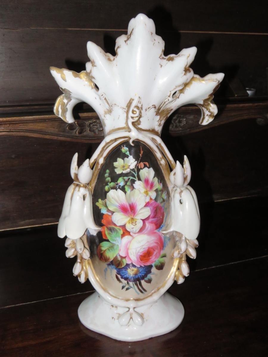 globe de mari e avec fleurs et vase en porcelaine poque 19 me. Black Bedroom Furniture Sets. Home Design Ideas