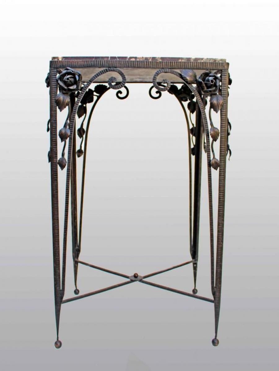 art d co 1920 table sellette en fer forg dessus marbre. Black Bedroom Furniture Sets. Home Design Ideas