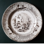 E. Challinor & Co , Priory : Assiette en faience fine Anglaise